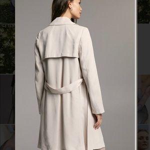 Brand new aritzia Babaton trench coat